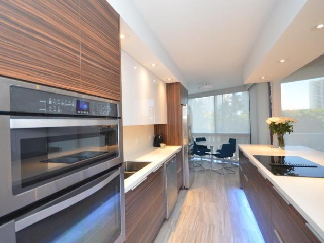 Contemporary-Kitchen-Miami-10