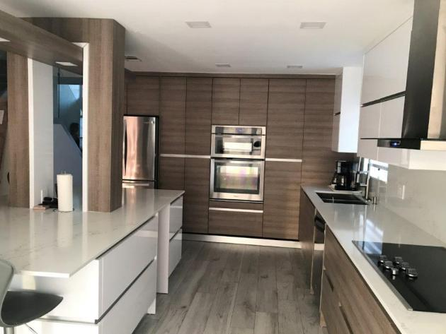 Contemporary-Kitchen-Miami-61