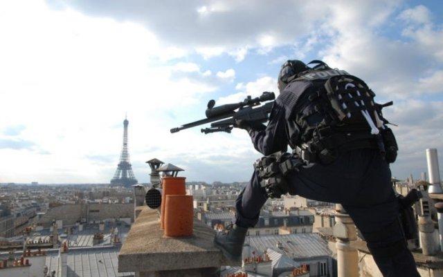 Los francotiradores policiales requieren una precisión extrema para salvaguardar vidas inocentes
