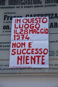 aa.brescia_niente_piazza-della-loggia