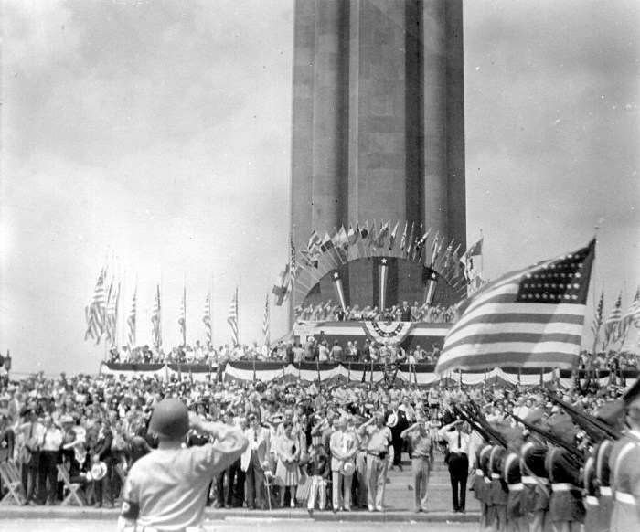 Tribute at the Liberty Memorial Kansas City c. 1940