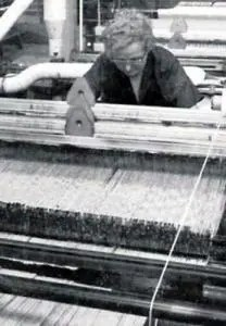 World's biggest asbestos factory tried to cover up asbestos dangers - worker on the machines at Turner & Newall