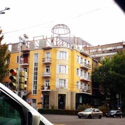 Լրացուցիչ հարկերը կմեծացնեն հին շենքերի զանվածը քաղաքում