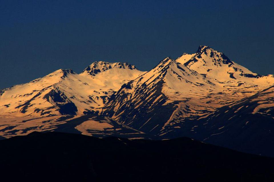 Mountain Aragats - Hiking in Armenia