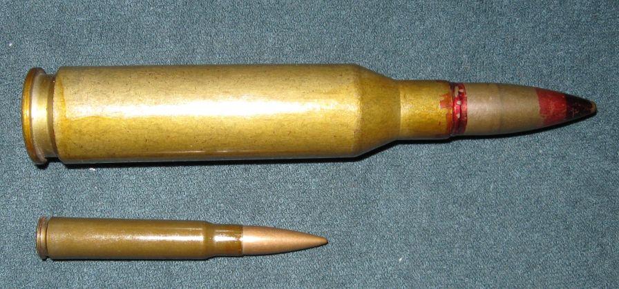 14,5 × 114 mm a confronto con un 8 × 57 mm