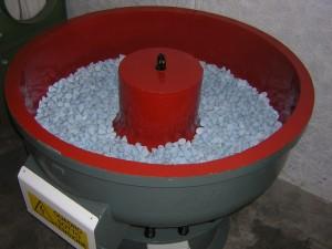 un burato industriale a media ceramico