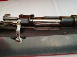 L'azione vista dall'alto in chiusura a percussore disarmato è quella derivata dalla meccanica 1893.
