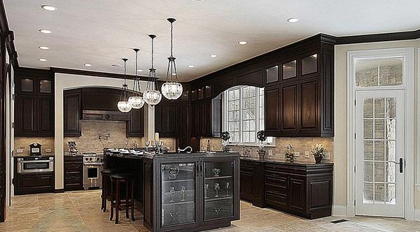 armoire de cuisine en chene ou bois massif