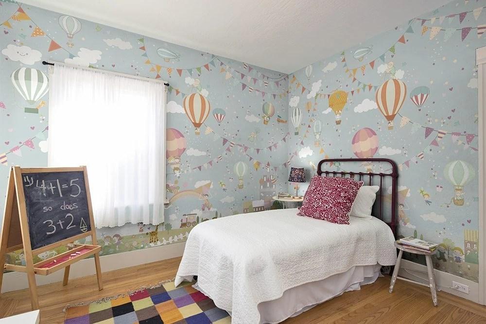 Sono una valida alternativa per modificare l'aspetto di una stanza! Carta Da Parati Nella Camera Dei Bimbi Armonie Ceramiche