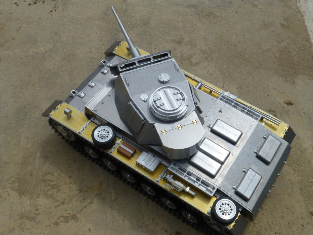 1:6 scale Panzer III by Armortek