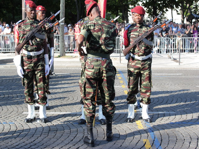 Burkina_Faso_armee_burkinabee_Burkinabese_army_France_French_14_july_juillet_2010_national_bastille_day_008.JPG
