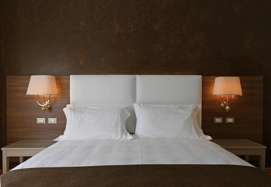 Una vasta selezione di prodotti ai migliori prezzi. Contract Hotel Furniture Hotel Furnishing Contract Furniture Arnaboldi Interiors