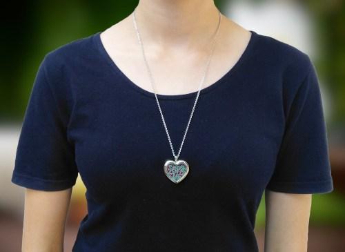 Aroma šperk srdce kvety na krku