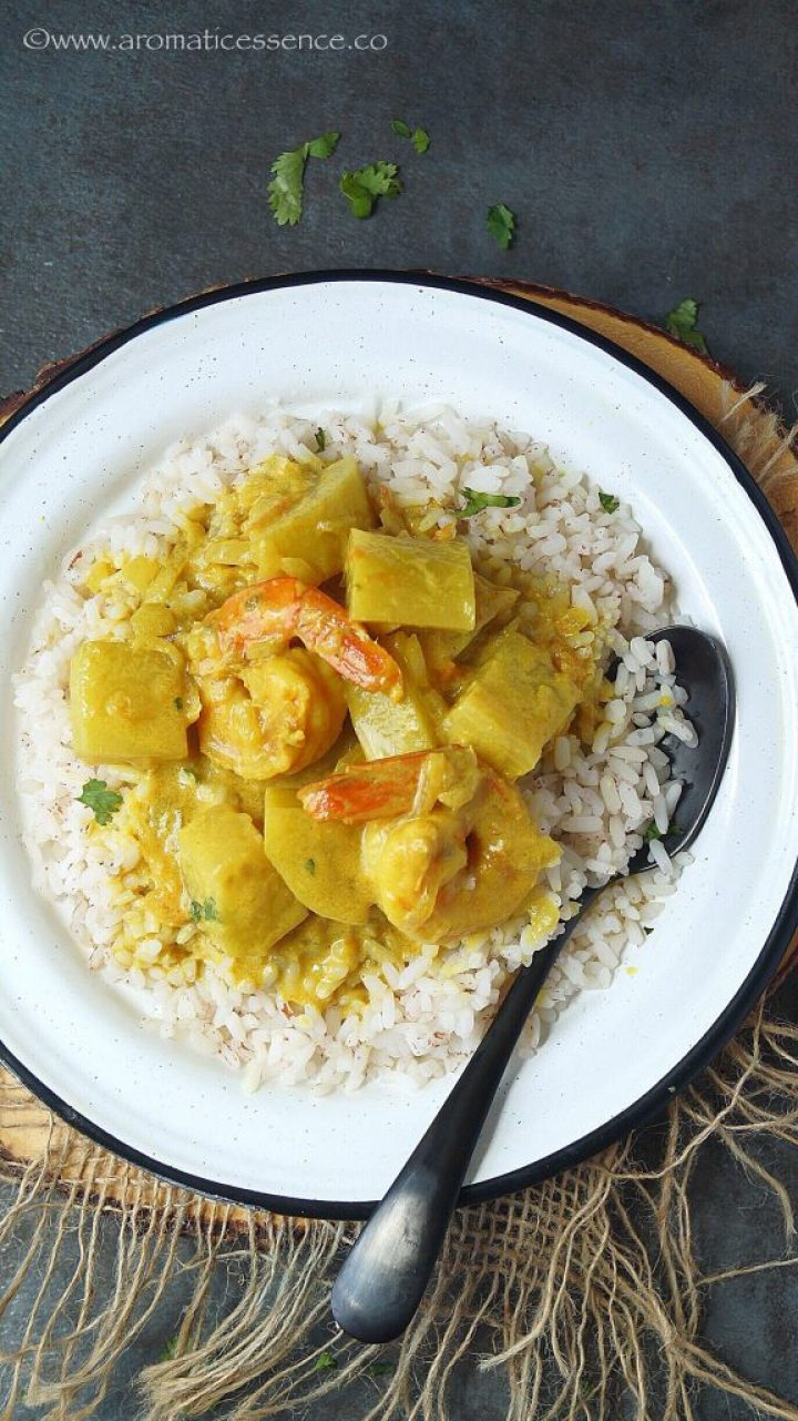 Prawn Caldine | Prawn Curry With Coconut Milk (Goan Style)