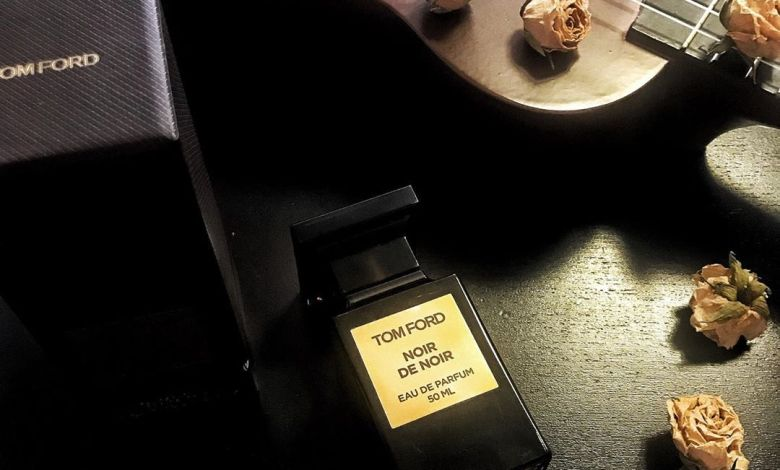 صورة عطر نوار دي نوار Noir de Noir Tom Ford من توم فورد يدعوك للاستمتاع بتلك الليالي الرومانسية الحالمة