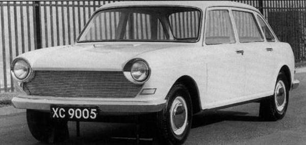 This photograph, taken in March 1962, shows the car in its signed-off form. Those doors would also see service on a variety of other Austins, including the Maxi, 3-litre, Tasman and Kimberley.