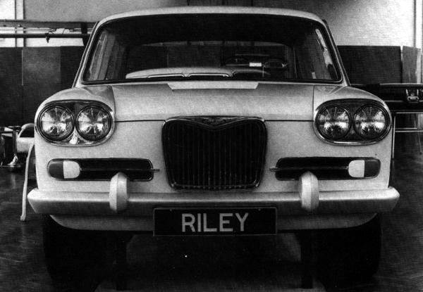 This Riley-fronted mock-up was produced for project ADO17 as early as November 1962. Its twin-headlight arrangement indictes that it would have sat at the very top of the range, and suggests that BMC may even have been planning that Riley would make a belated return to the 6-cylinder market. However, the car never saw the light of day, and when the proposed Vanden Plas derivative was also shelved, the upmarket ADO17 slot was left to the Wolseley marque.