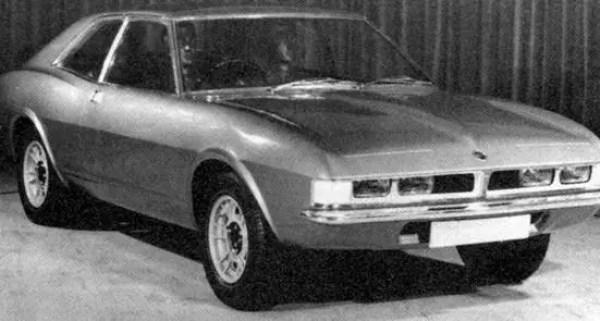 "(Picture: ""Men and Motors of the Austin"", Barney Sharratt)."