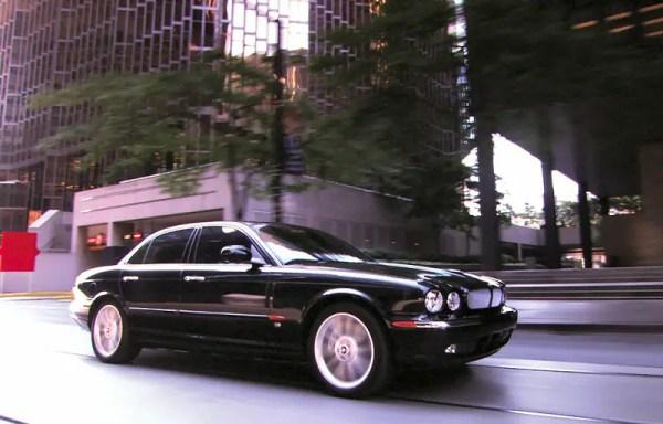 The cars : Jaguar X350