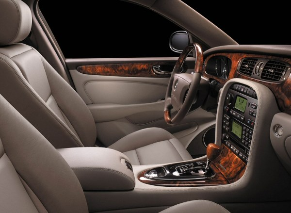 Jaguar XJ interior X350 generation