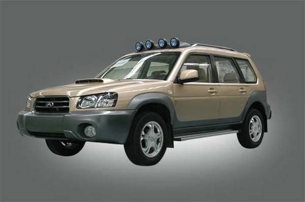 The smaller SUV, the Yema SQJ6451.