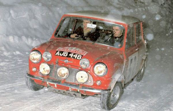 Mini in the snow - what fun!