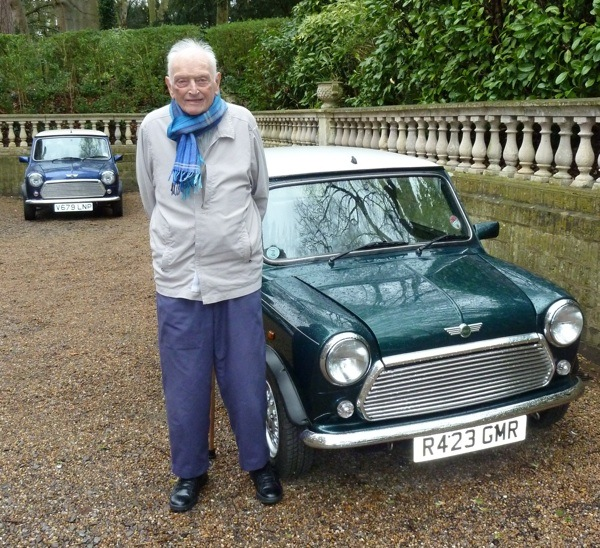 Dr Alex Moulton and his 1997 Mini Cooper
