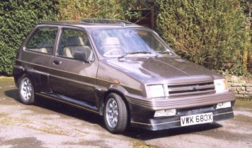 Frazer-Tickford Metro (5)