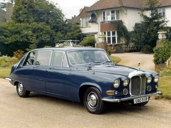 The cars : Daimler DS420 development story