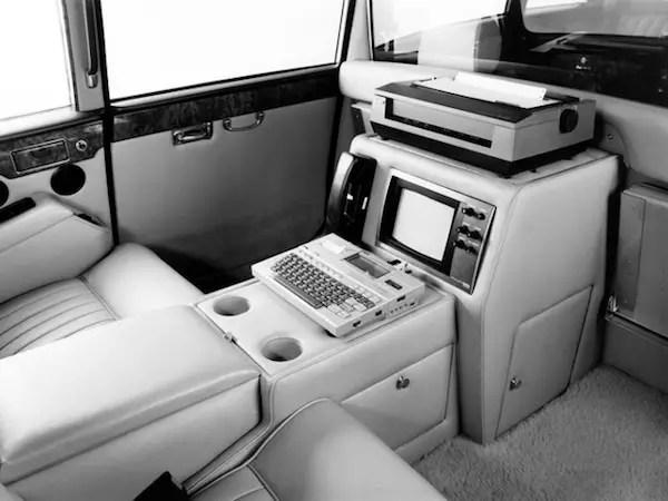 Daimler DS420 Executive interior.