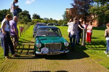 The cars lining up for the start at Bothwell Castle