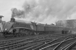 """A previous generation of streamlined locomotive - Sir Nigel Gresleys A4 class member 4468 """"Mallard"""" broke the world speed record for steam in 1938 at 126.4 mph - a feat never beaten!"""