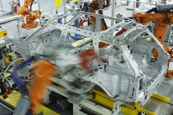 JLR invests £370m in the new Range Rover