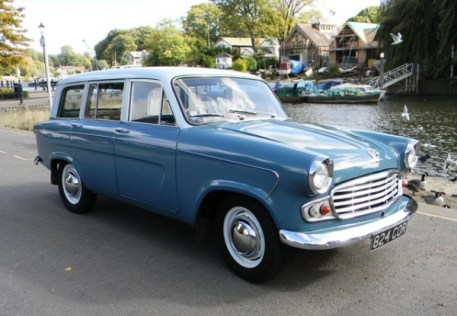 1961_standard_vanguard_estate_1