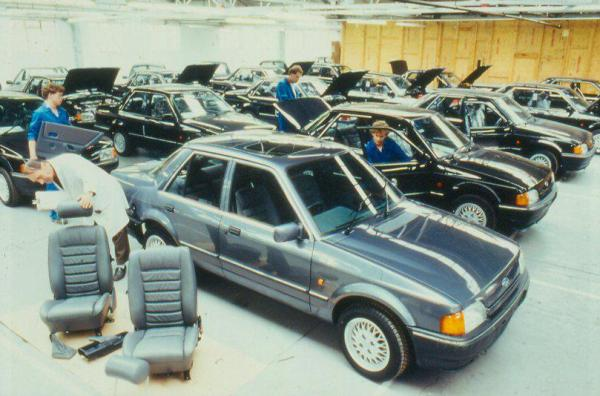 Ford Orion 1600E (1)