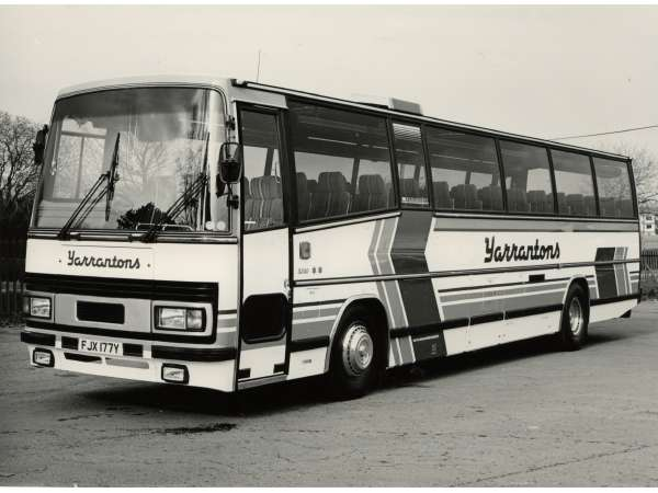 A mid engined Dalesman C11640 with Plaxton Paramount 3200 body (Pic: Plaxton Ltd)