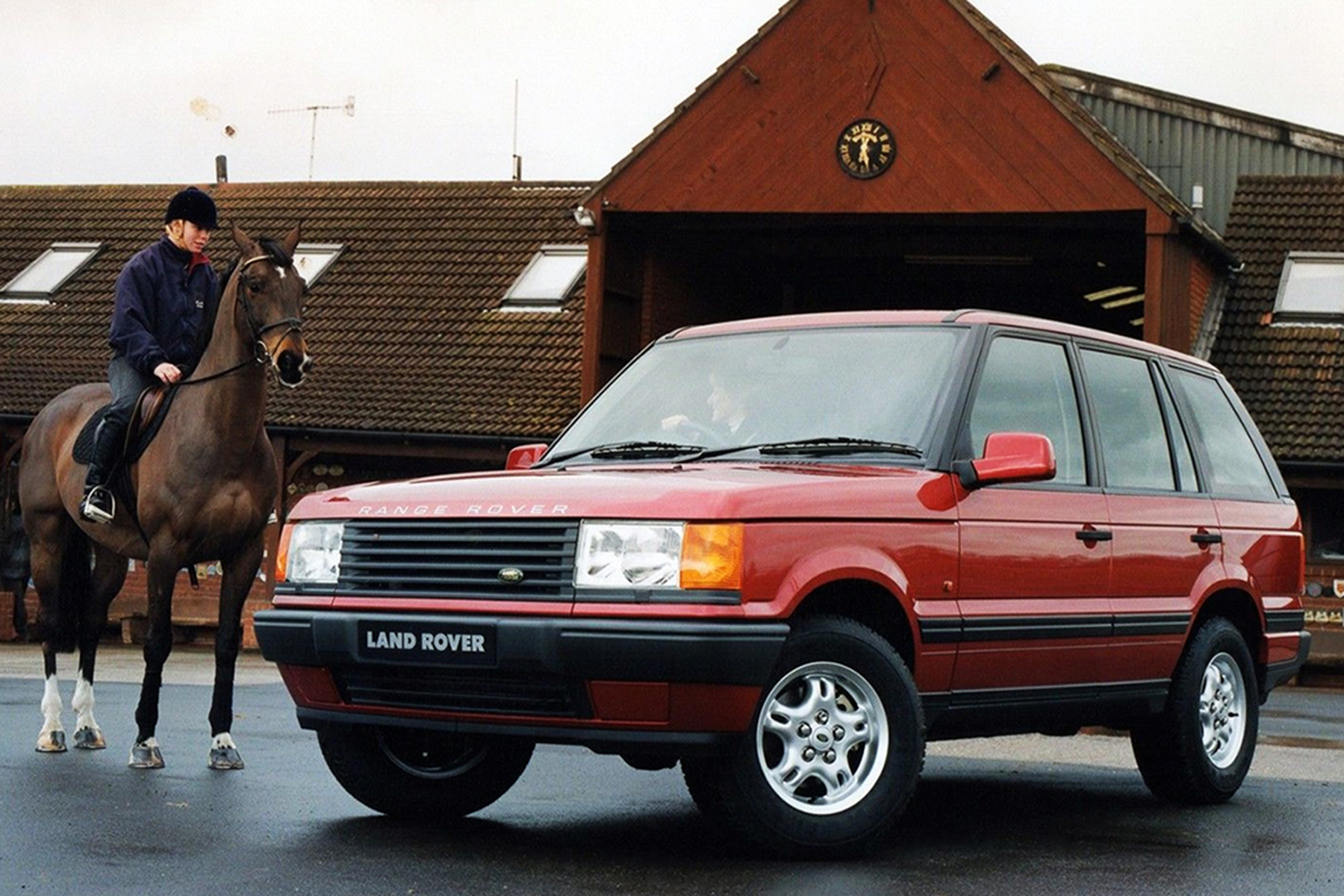 range rover p38 development story how rover replaced a classic icon. Black Bedroom Furniture Sets. Home Design Ideas