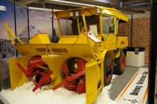 Unimog snow plough