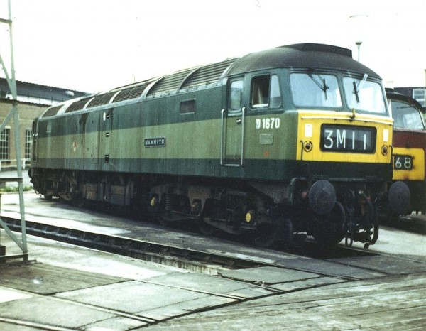 D1670 Mammouth Old Oak Common August 1967