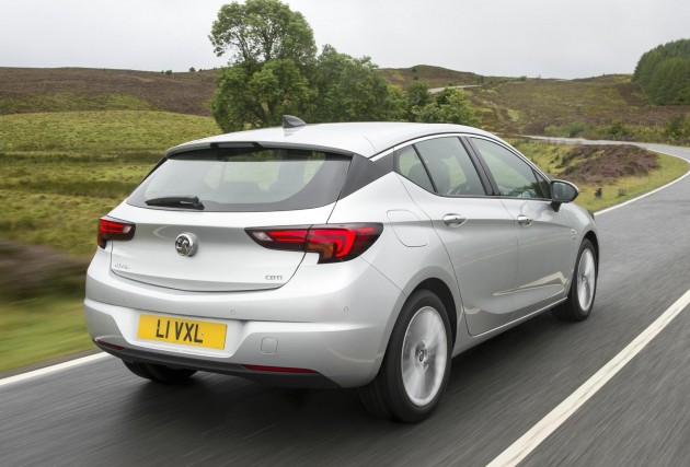 2015 Vauxhall Astra review