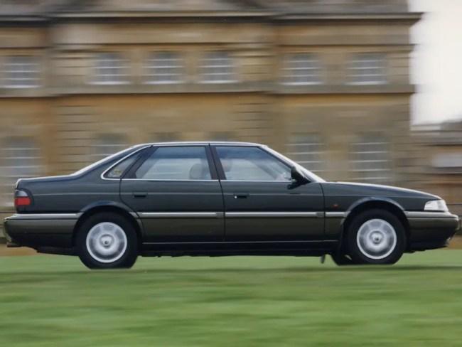 Rover 800 (R17) panning shot