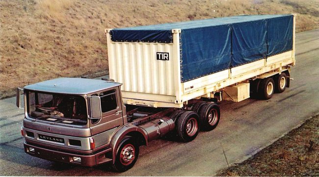 Between 1968-70, Leyland built six of these good-looking trucks powered by a 400hp gas turbine engine.