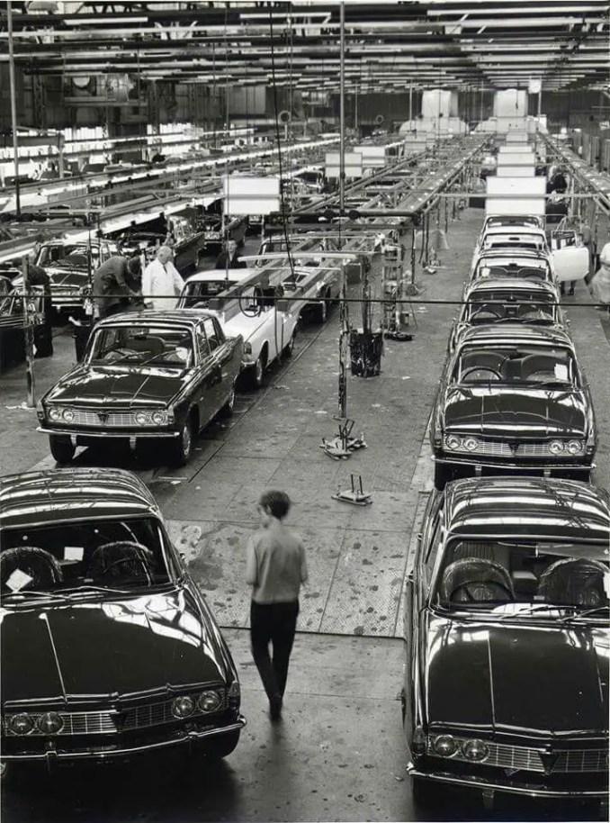 Rover P6 factory