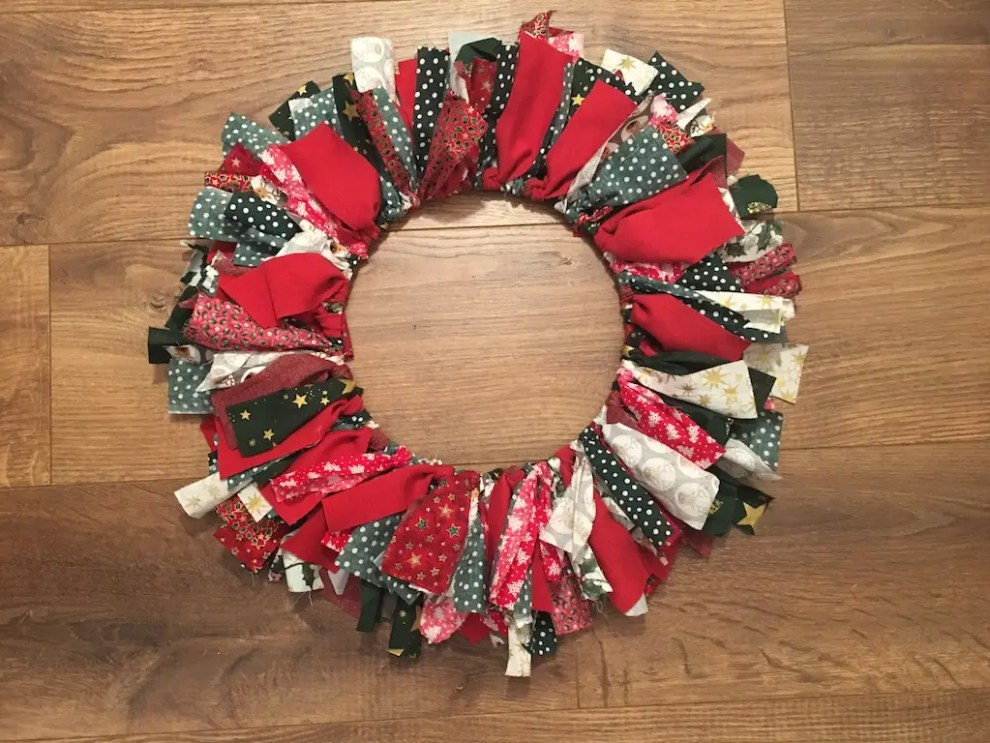 Festive Rag Wreath - inner layer