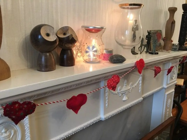 Padded Heart Valentine Garland - finished
