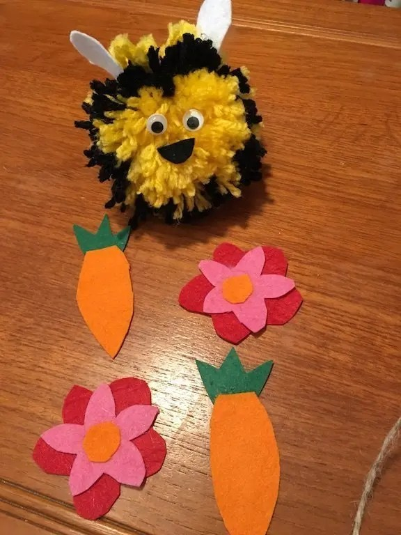 Pompom Spring Garland - bees and felt shapes