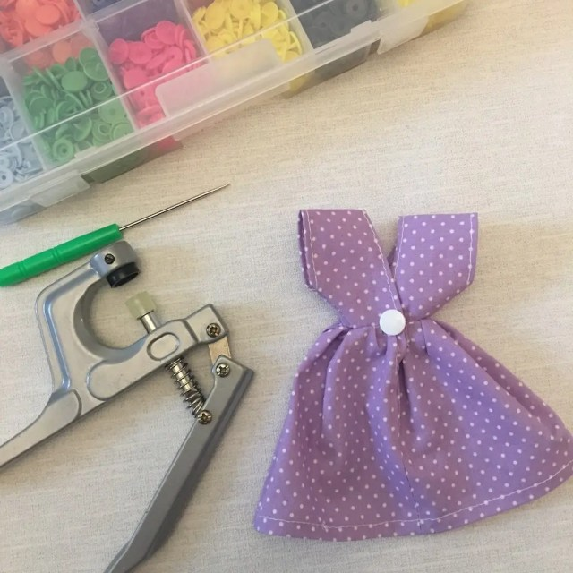Making the Sindy dress - adding cam snap fastener