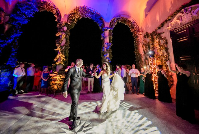 Choosing The Right Lighting For Your Wedding