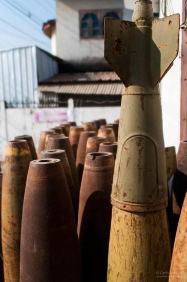 Blindgänger und entschäfte Bomben in Laos