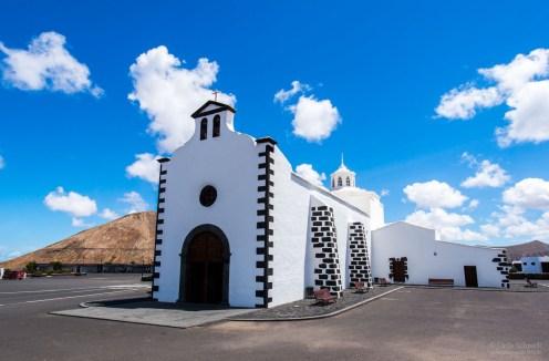 kleine Dorfkirche auf Lanzerote